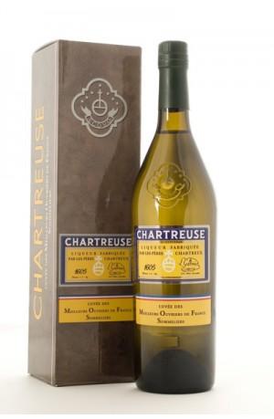 CHARTREUSE MOF 45% GIFT BOX